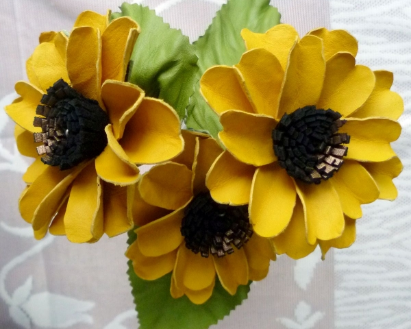 Learn decorative mirror making flower making chennai focus a flower makingg mightylinksfo Choice Image