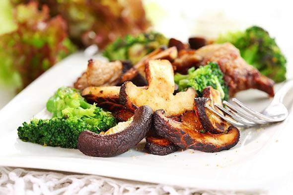 roasted-broccoli-and-mushrooms-1-size-3